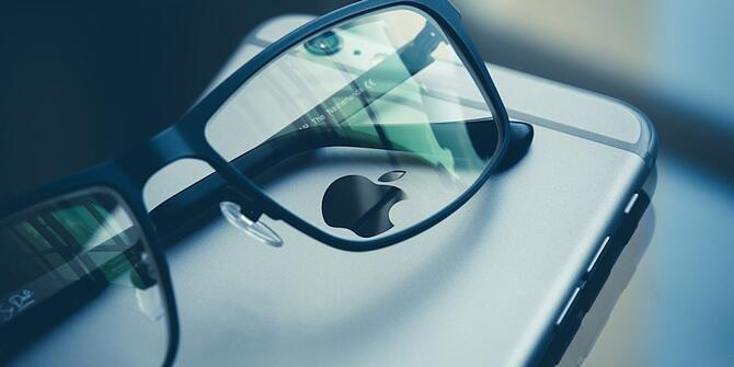 s3-news-tmp-126745-apple_glasses--2x1--940.jpg