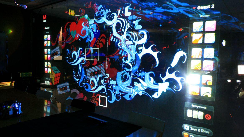 expertise_digital-installations_adobe_Inter_wall_slide04