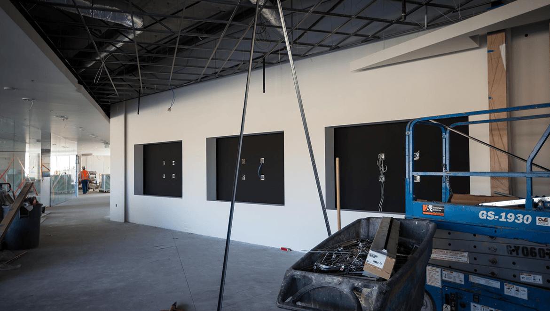 expertise_digital-installations_adobe_slide_construction